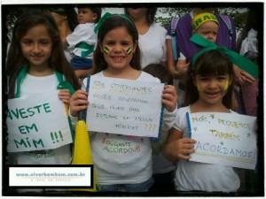Elas ainda são crianças, mas já sabem o que querem: acorda Brasil!