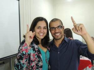 Este é o meu amigo e palestrante Rodrigo Hernandes e a fofíssima da sua mulher, a Michele.