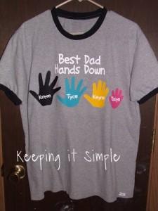 Linda camiseta!!! Pais sempre gostam deste tipo de presentes...